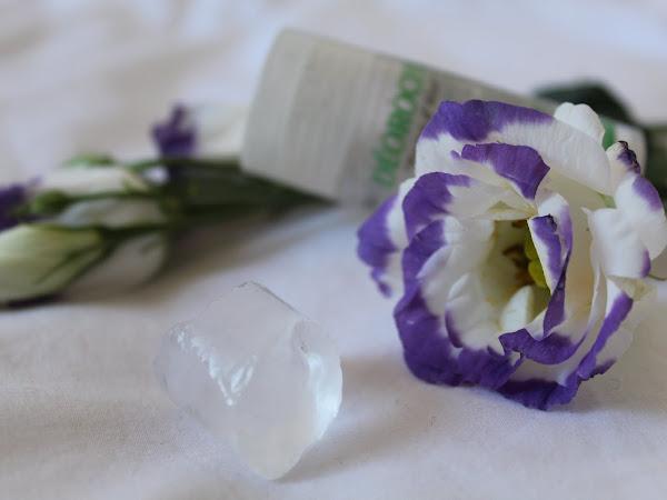 Produits miracles et naturels contre les vilains boutons