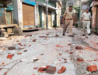 darbhanga-skirmish-during-shobhayatra-rocking-fiercely-on-two-sides-dm-sp-took-the-lead
