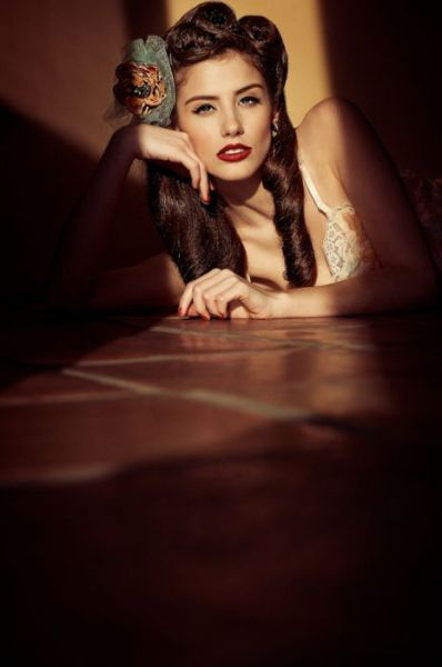 Retro Loveliness with Modern Pin-Up Girls ~ vintage everyday