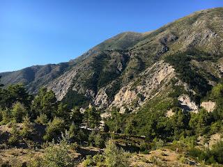 Sur la route de la riviera albanaise