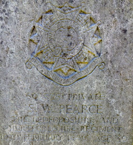 Photograph of The grave of Private Samuel Walter Pearce  Image by the North Mymms History Project, released under Creative Commons BY-NC-SA 4.0