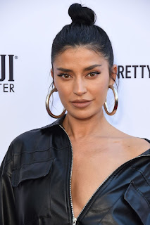 Nicole Williams at The Daily Front Row Fashion Awards 2019