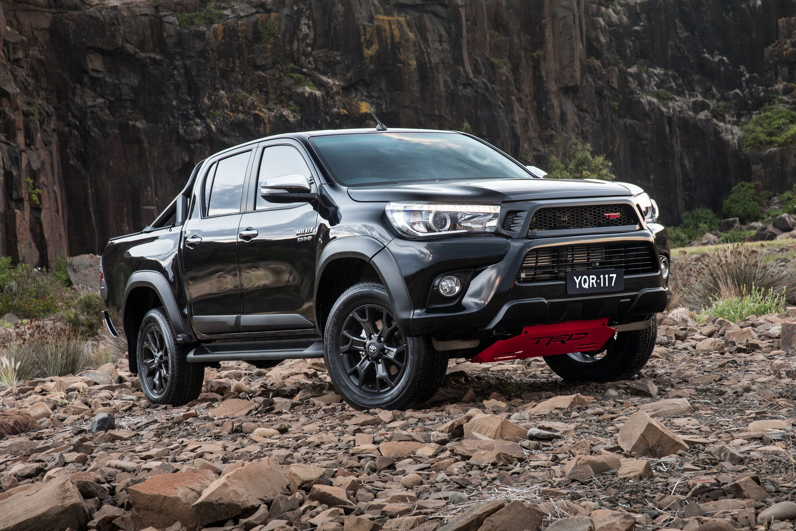 toyota considering hardcore hilux to rival ford ranger. Black Bedroom Furniture Sets. Home Design Ideas