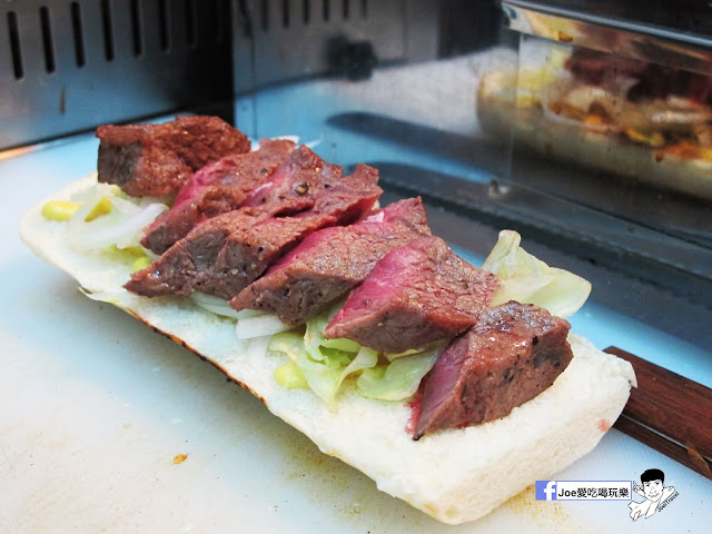 IMG 4897 - 【熱血採訪】NickJu 尼克啾 碳烤法式三明治 位於中國醫附近的尼克啾 NickJu 主打法式三明治,把餐廳所用的食材搬到街頭,讓客人用平價價格吃到高檔美味
