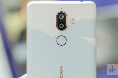Nokia 7 plus white color