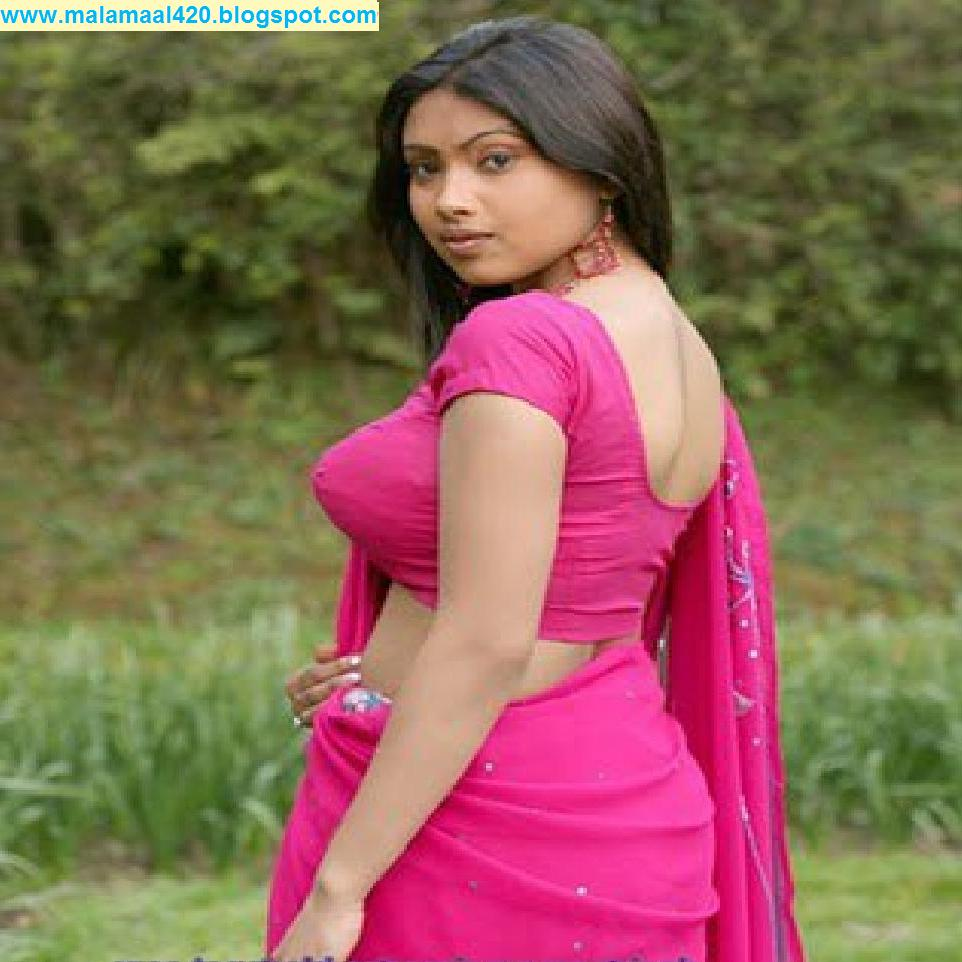 Mallu Aunty Hot In Blue Blouse  Bra Hot Pictures  Sexy -8582