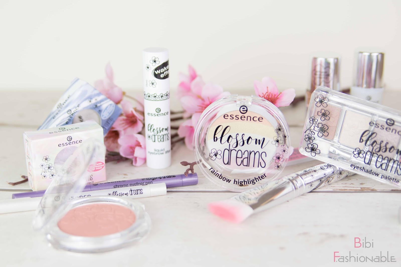 essence blossom dreams Produkte nah