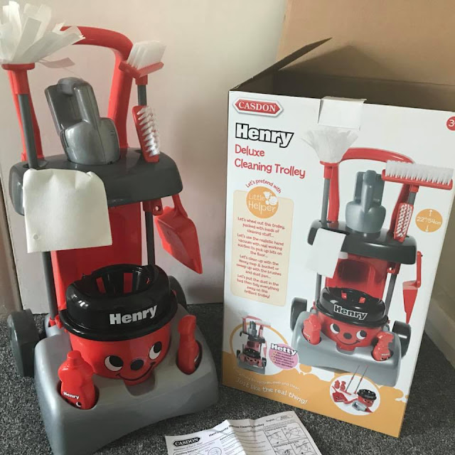 Casdon-Deluxe-Henry-Hoover-Cleaning-Trolley