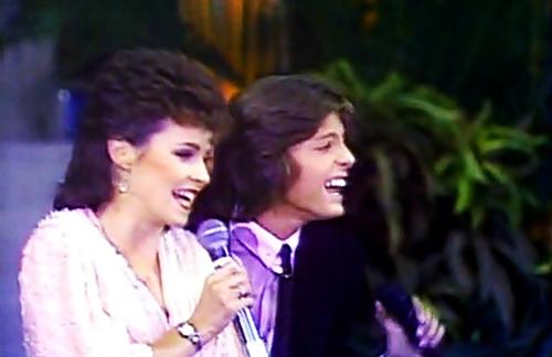 Luis Miguel & Sheena Easton - Me Gustas Tal Como Eres