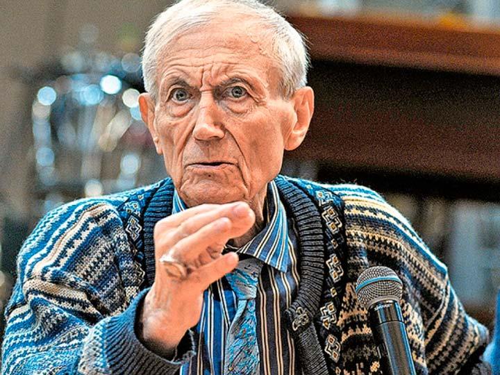 Yevgeny Yevtushenco