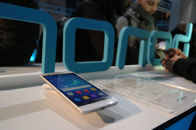 DAS HONOR 5X LAUNCH EVENT IN MÜNCHEN – ATOMLABOR ON TOUR