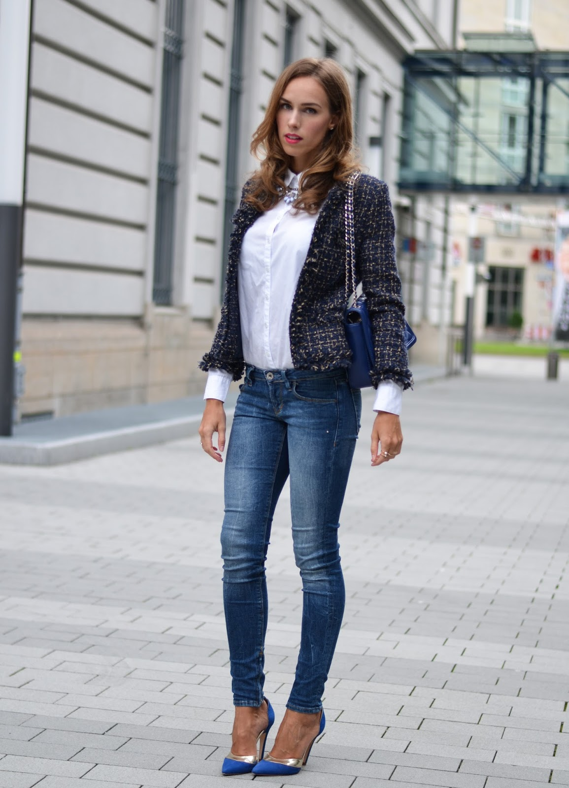 kristjaana mere white blue chic summer city outfit