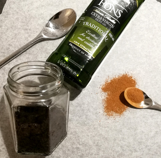 The ingredients of homemade coffee body scrub