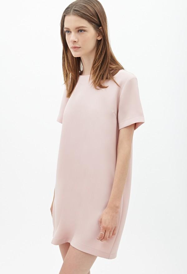 ... chơi cùng nhóm bạn, chiếc váy cũng có thể mang đến cho bạn hình ảnh trẻ  trung, năng động tuyệt đối. Giá của thiết kế này là 29$ (khoảng 640 nghìn  VNĐ).
