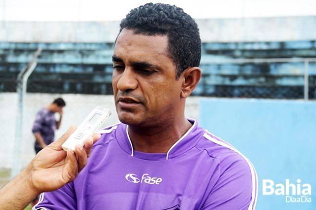 0412e3e95f Danças dos técnicos! Miqueias é demitido da Seleção de Itaberaba e Ratinho  ex-tabela assume seu lugar.