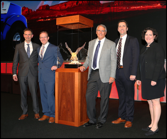 Pape Kenworth Wins 2019 Kenworth Dealer of the Year Award