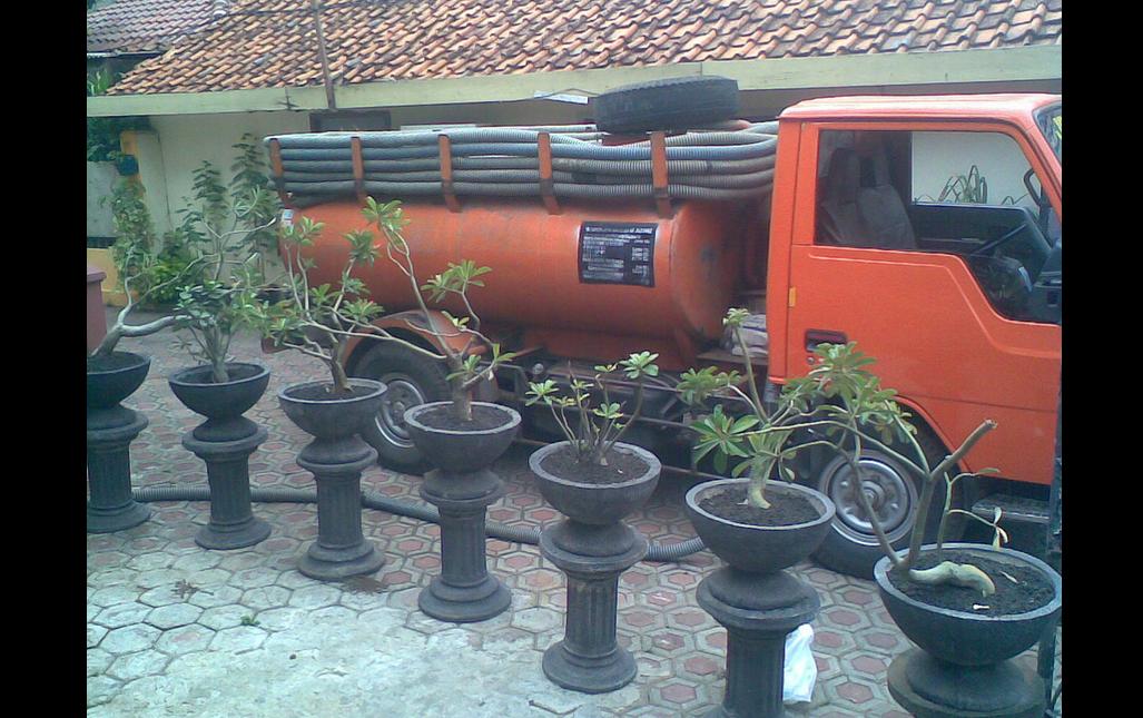 Jasa Sedot WC di Manado  Telp. 085299200251/ 085696194177