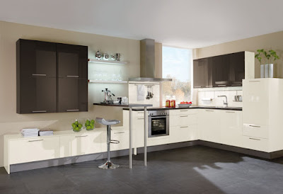 Helle Küche Mit Dunkler Arbeitsplatte