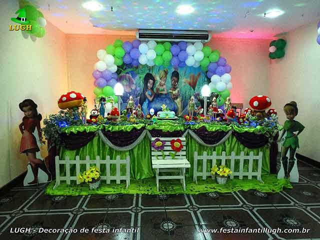 Decoração infantil tema-Tinker Bell em mesa tradicional de tecido em cetim
