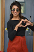 Tejaswini Madivada backstage pics at 92.7 Big FM Studio Exclusive  18.JPG