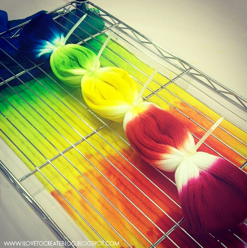 Ilovetocreate Blog How To Make Tie Dye Rainbow Socks