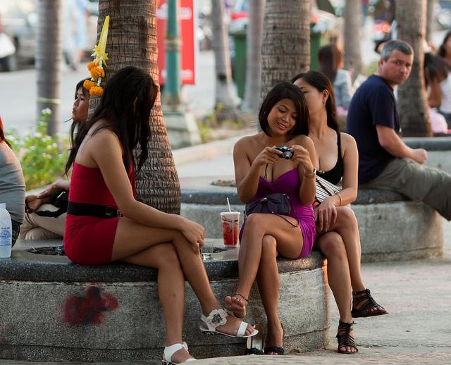 gratis pornofilmer escorte bangkok