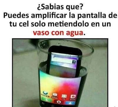 Sabías que?, puedes amplificar la pantalla de tu celular (móvil) metiéndolo en un vaso con agua