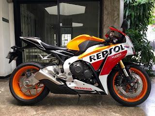 DIJUAL MOGE BEKAS : Honda CBR1000RR Repsol Edition 2015 - SURABAYA