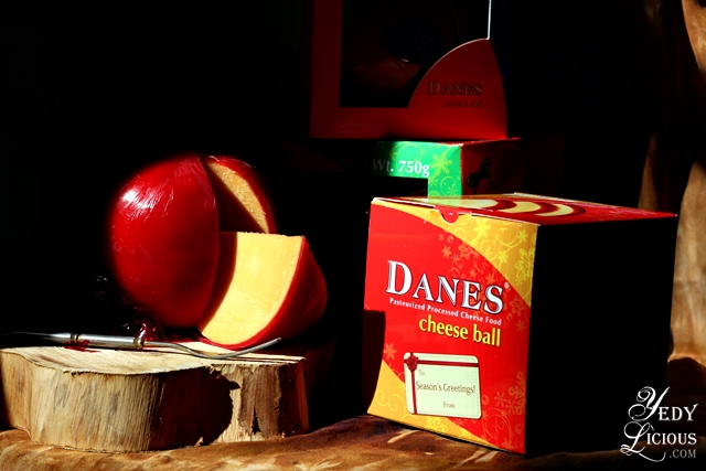 Danes Cheese Ball Queso de Bola Recipe