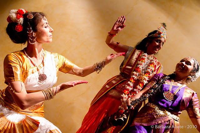 Danza Indiana bharata natyam roma