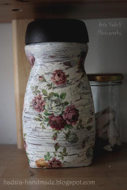 697. Słoik decoupage z różami