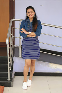 Shree Gopika Hot Leggy Pics