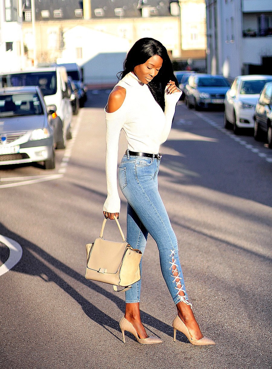 pull-col-roule-epaules-denudees-ceinture-gucci-marmont-dupe-jeans-lacets-escarpins-zara
