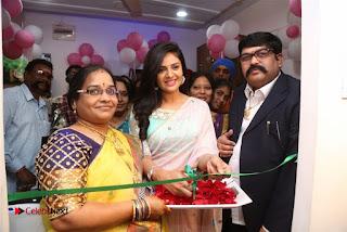 Sreemukhi Launches Manvis Saloon  0068.jpg