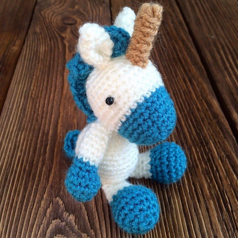 Crochet toy unicorn pony amigurumi pattern