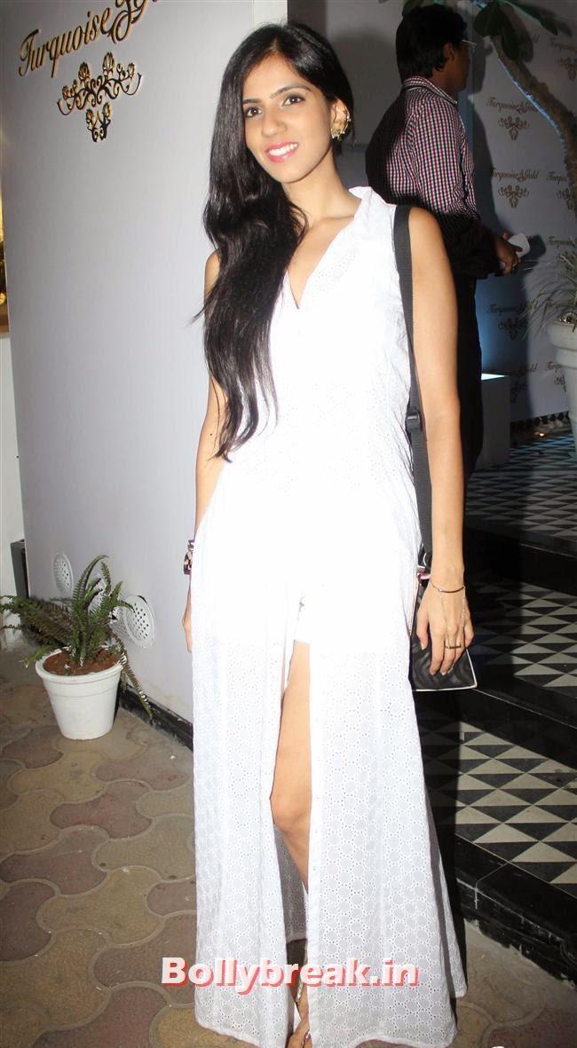 Nishka Lulla, Aditi Gowitrikar & Malaika Arora at Turquoise and Gold Store Opening