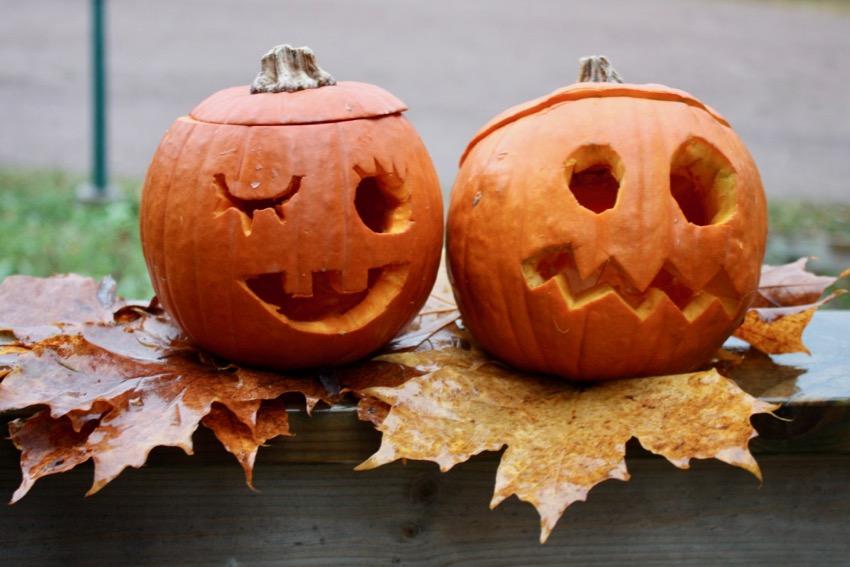 Halloween-askarteluja