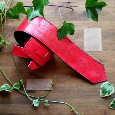 straps-guitar-leather-custom-handmade-spain.jpg