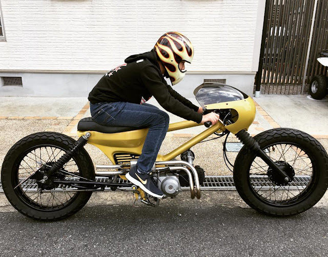 Masahiro Okuda (@crosscurtis2000) on his Honda Super Cub Long Wheelbase Racer
