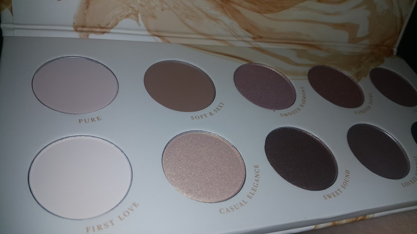 Wo Faced Natural Matte Eyeshadow Palette