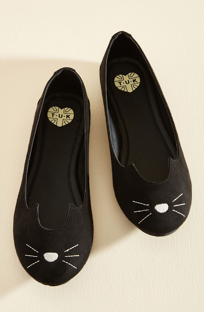 cat face flats Refashion Hot Trends or Buy! DIY inspiration for the fashionista BUY or DIY - Inspired DIY Fashion you can make or refashion from the clothes you already have! #fashionista #diy #diyclothes #diyaccessories #refashion