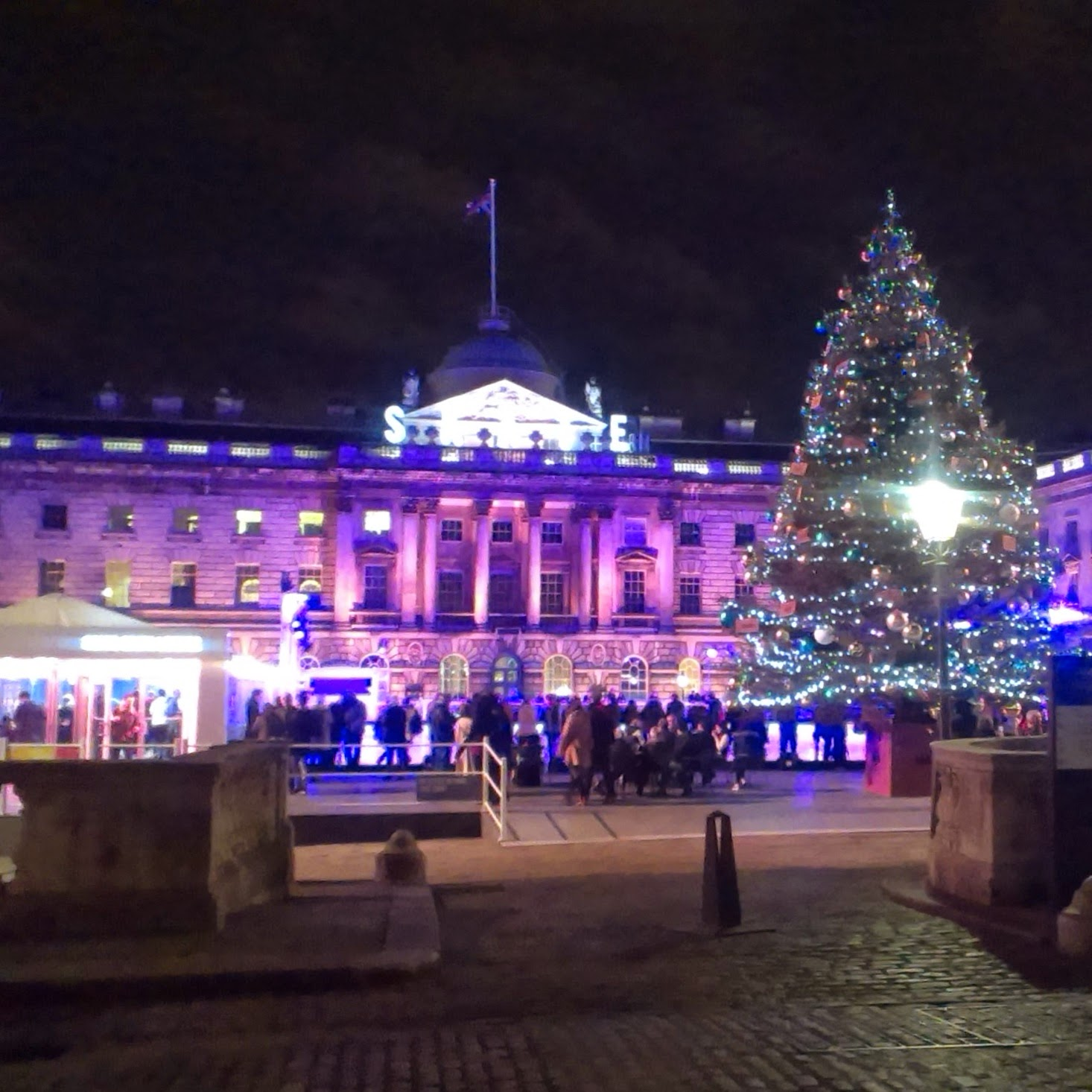 7pm - Somerset House skating