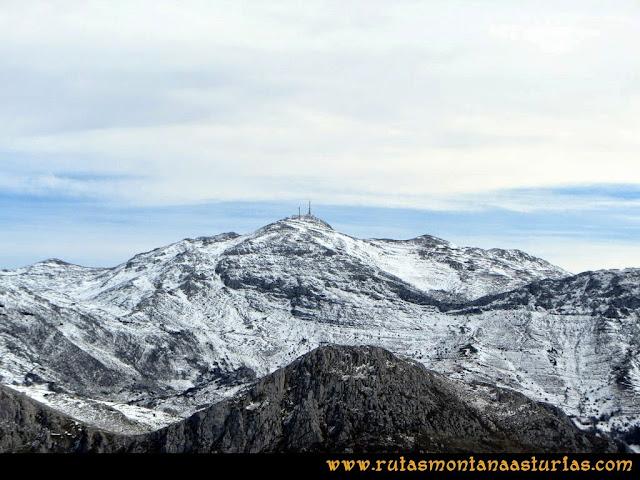 Ruta al Pico Gorrión: Vista del Gamoniteiru