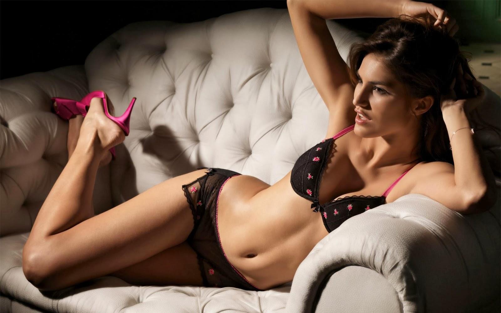 Cute Dog Stretching Wallpaper Juliana Martins New Bikini Hot Wallpaper 2014 All About