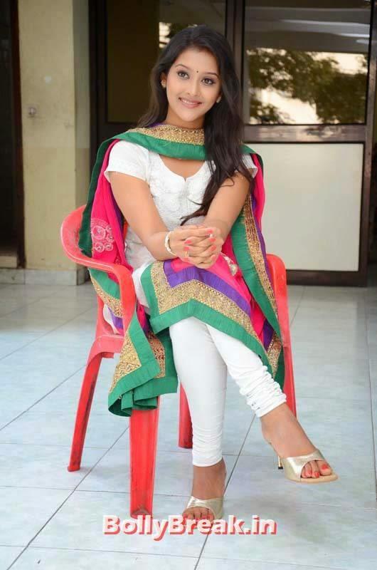 Actress Pooja Jhaveri Photo Gallery