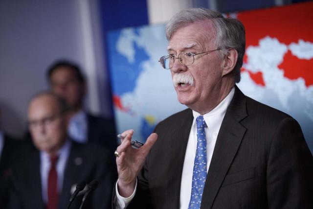 EEUU advierte de represalias a quienes compren oro o petróleo a la mafia de Maduro
