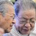 Akhirnya Mahathir Hanya Sekadar Badut Pakatan Pembangkang