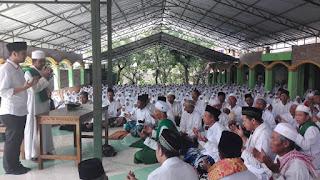 Di Ponpes Al- Hidayah, Emil Mendapat Doa Restu Dari Ribuan Jamaah Toriqoh Qodiriyah Naqsabandiyah