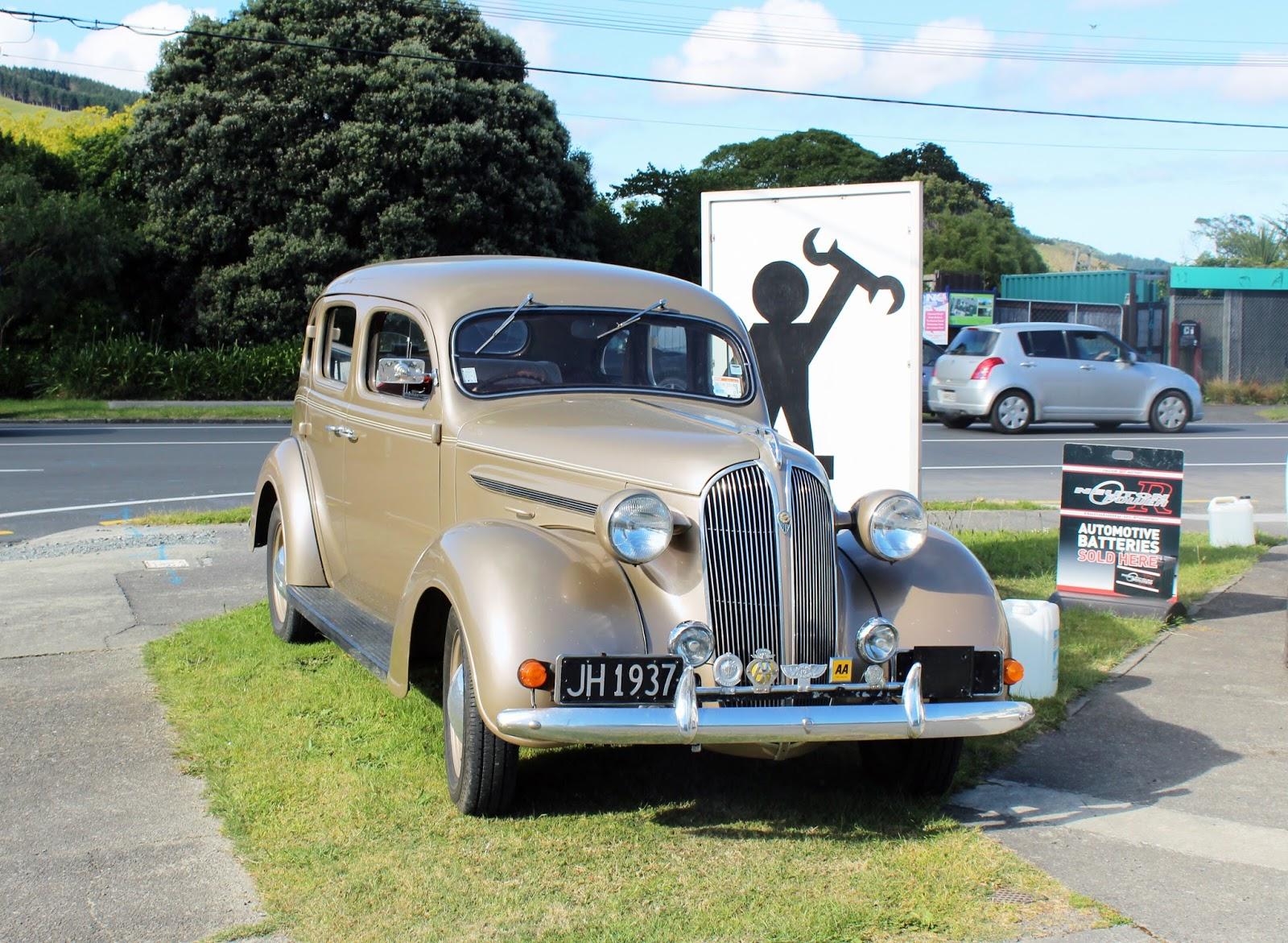 transpress nz: 1937 Chrysler P4