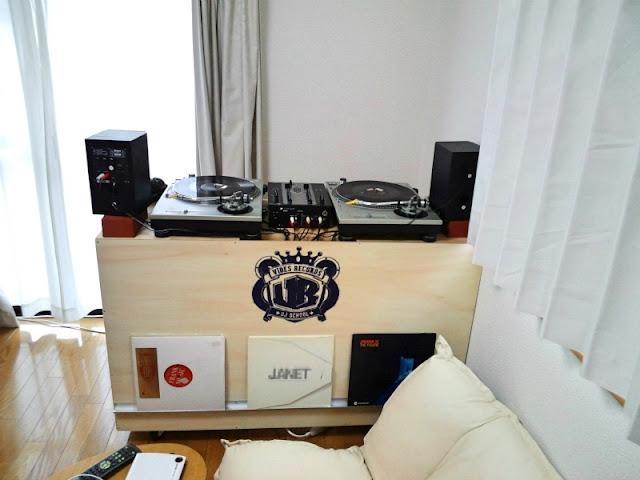 DJ家具製作ブランド『STILL』によるオーダーDJ家具の写真です。